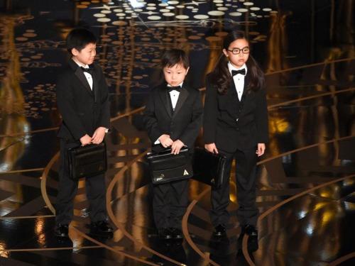 crianças asiaticas no oscar.jpg